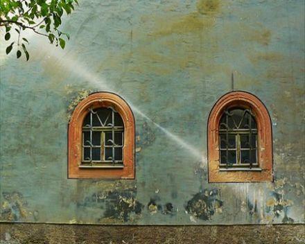 window-450x360.jpg